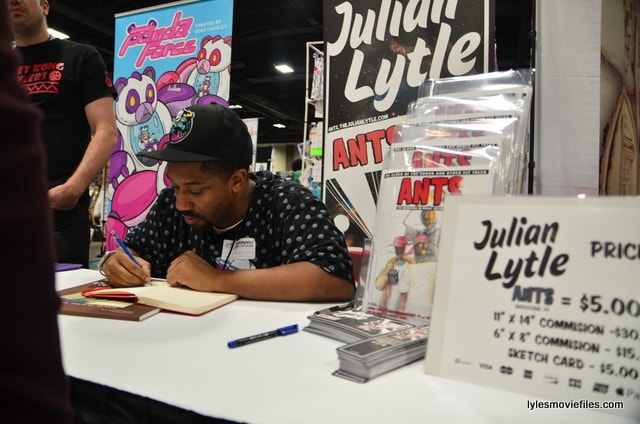 Awesome Con 2016 - Julian Lytle-min