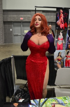 Awesome Con cosplay Day 2 -Sofia Sivan as Jessica Rabbit