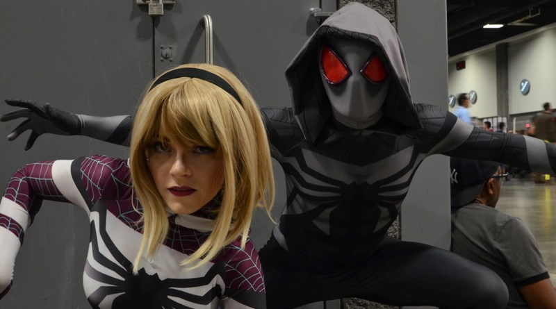 Awesome Con cosplay Day 2 -Spidey Gwen and Spider-Man