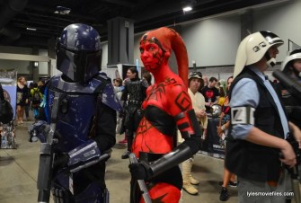 Awesome Con cosplay Day 2 -Star Wars Mandalorian and Sith