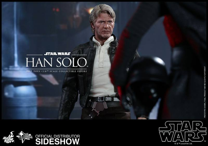 star-wars-the-force-awakens-han-solo-sixth-scale-hot-toys-facing off with Kylo Ren