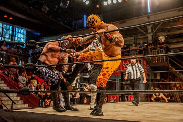 Mil Muertes vs Pentagon Jr vs Prince Puma - Lucha Underground