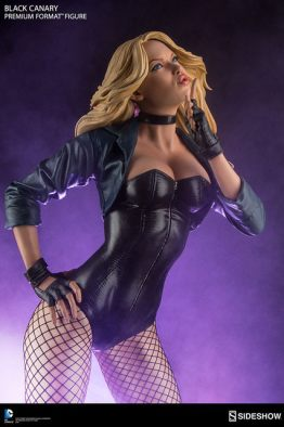 dc-comics-black-canary-premium-format-figure-purple backdrop