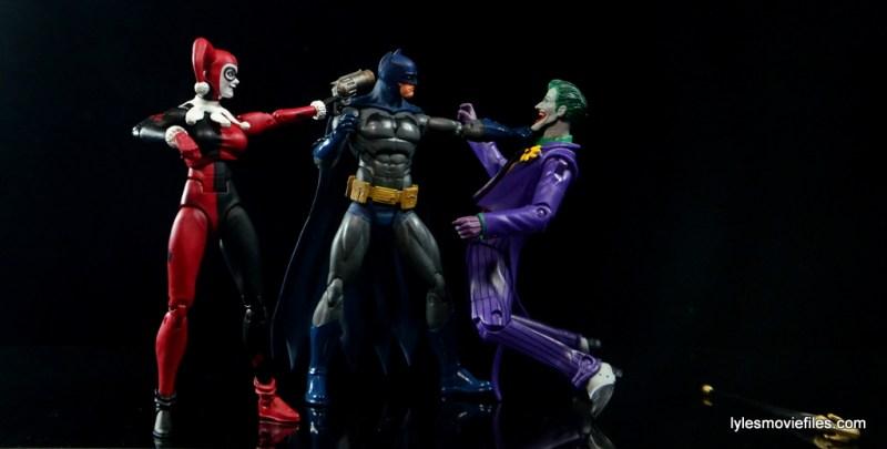 DC Icons Harley Quinn figure review -helping Joker fight Batman