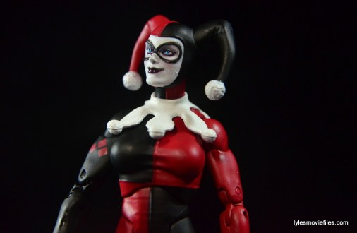 DC Icons Harley Quinn figure review -looking up