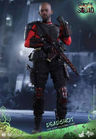 Hot Toys Suicide Squad Deadshot figure - with rifle and gun mount