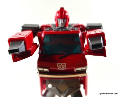 Transformers Masterpiece Ironhide figure review -nozzle hands