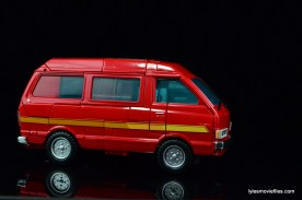 Transformers Masterpiece Ironhide figure review - van mode right side