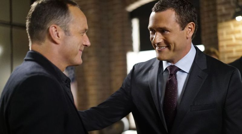 agents-of-shield-meet-the-new-boss-coulson-and-jeffrey-mace