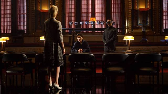 gotham-burn-the-witch-review-bruce-meets-the-court