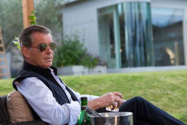 i.t. movie-review-pierce-brosnan