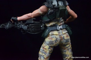 neca-aliens-series-9-pvt-jenette-vasquez-sidegun-detail-3