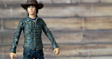 The Walking Dead Carl Grimes figure review Series 7 McFarlane Toys