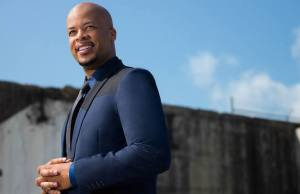 James Fortune & FIYA Top Charts With New Live Album Live Through It