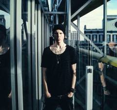 BEC Recordings Announce Rap-Rock Artist Manafest's New Album The Moment