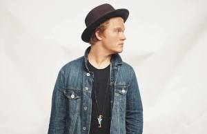 Aaron Gillespie Records New Worship Album While On Tour With Paramore