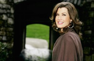 Amy Grant Celebrated By Hollywood Museum