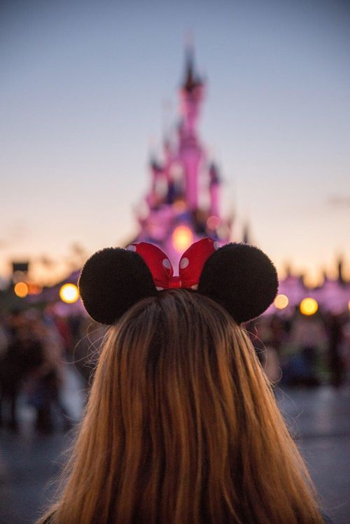Best 25+ Disneyland Photography Ideas On Pinterest Disneyland   Resume No  Nos  Resume No Nos