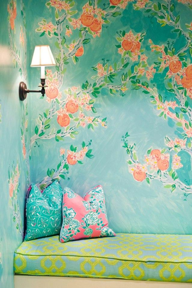 Think Pink Couches Chinoiserie, Pink sofa and Instagram feed - repeindre du papier peint