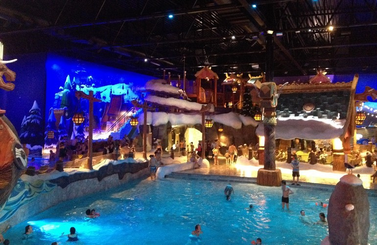 Zwembad Dino Indoor Water Park Plopsaqua - M2leisure