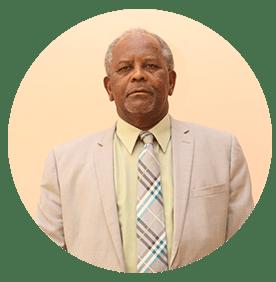 الدكتور صابر محمد حسن رئيس مجلس الإدارة