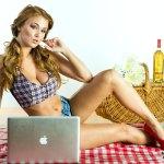 Leanna_Decker