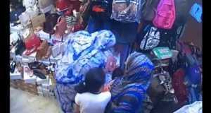 كاميرا تفضح سيدة سرقت حقيبة في عز رمضان بأكادير