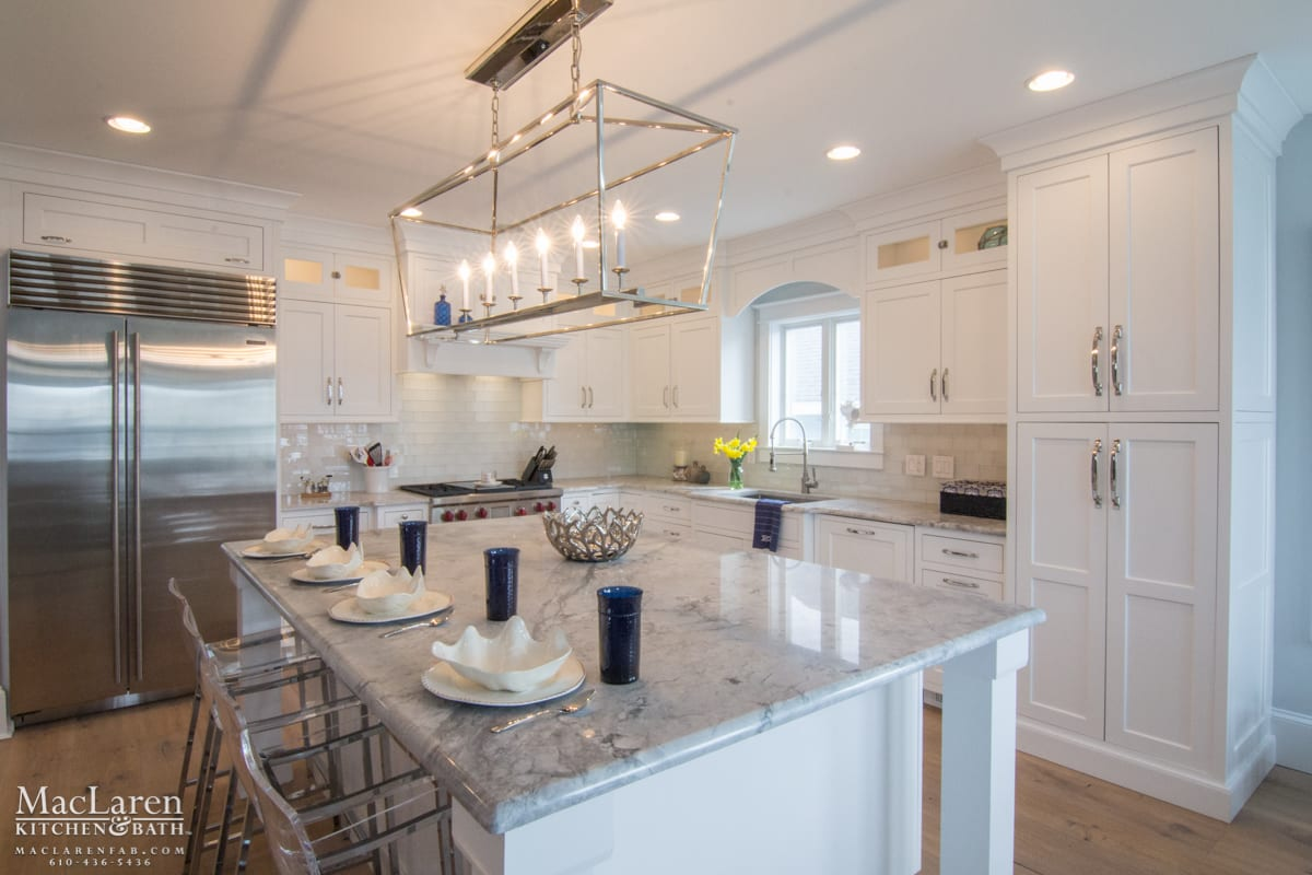 White Marble Island Nautical Themed Kitchen Avalon Nj Maclaren Kitchen And Bath