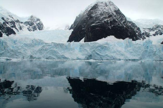 Bahia Esperanza Antartida