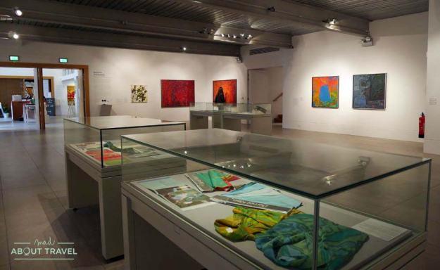 Exposición de Bernat Klein en la Dovecot Gallery