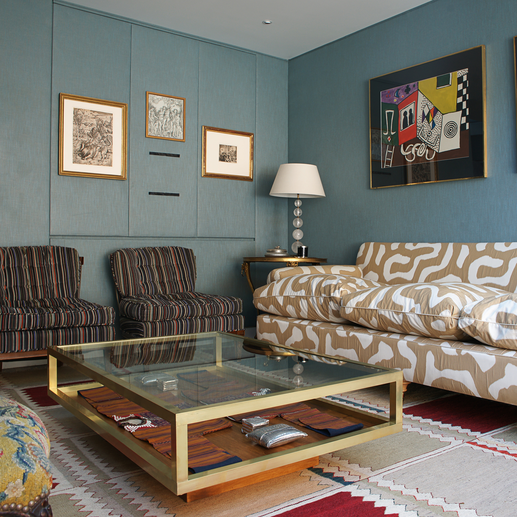 Couchtisch Messing Save Or Splurge: Brass And Glass Coffee Tables