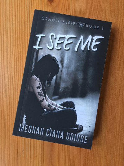 I See Me (Oracle 1) paperback