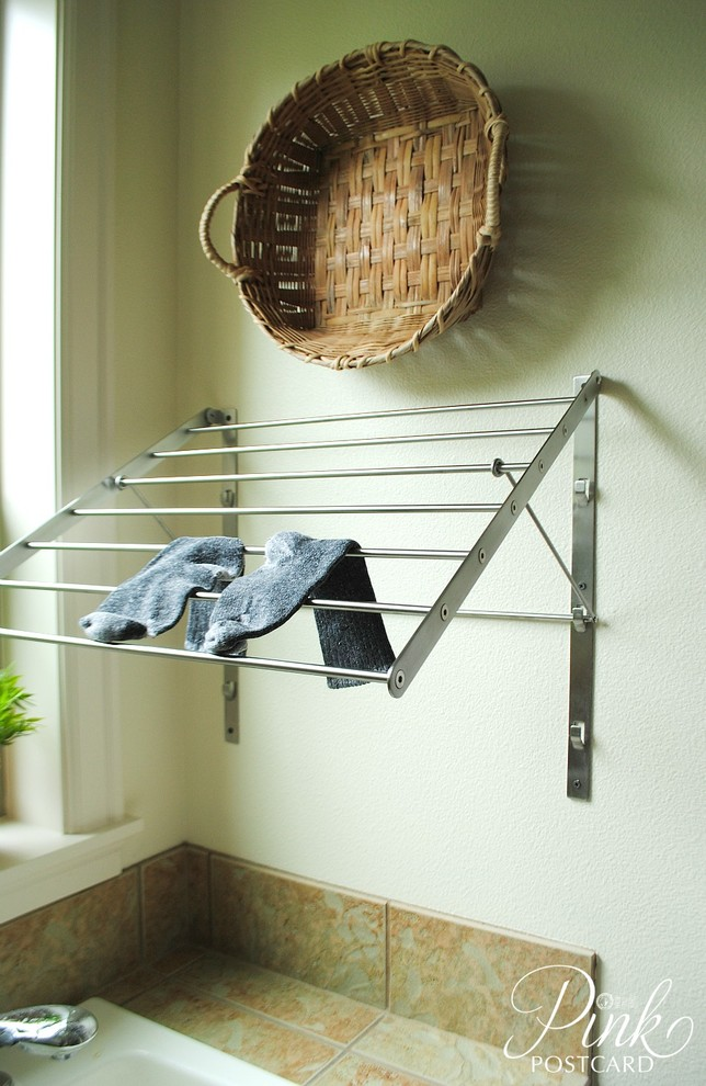 Superb Wall Mounted Drying Rack In Laundry Room Farmhouse