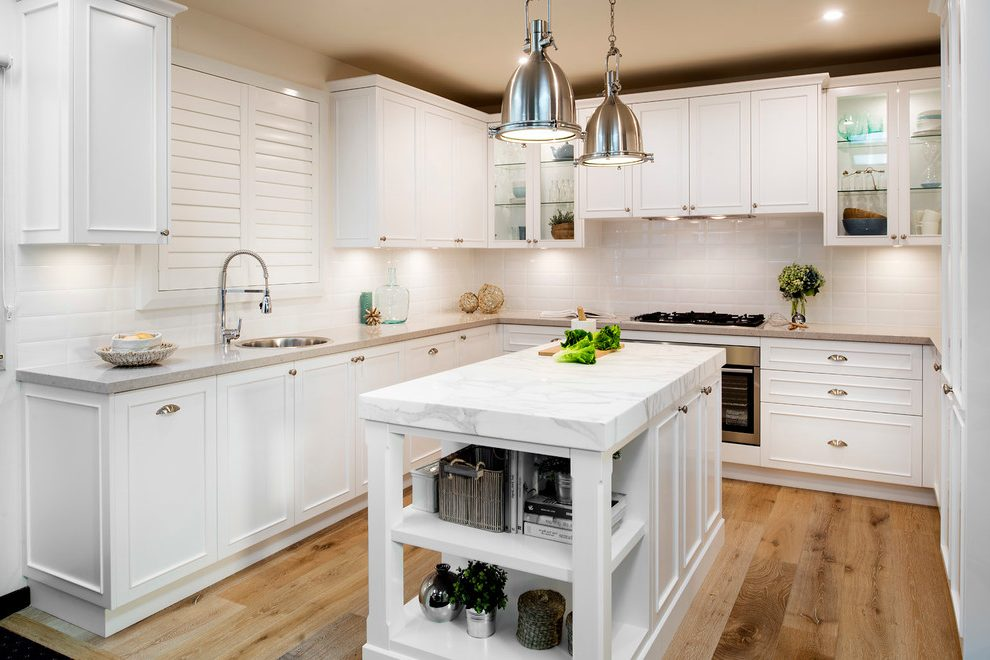 Gold Coast Tweed French Country Kitchen Beach Style With