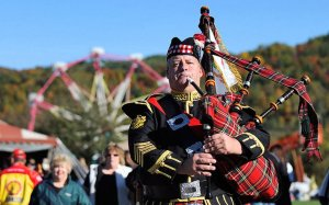 Piper Jack at Apple Festival 2010 (2)