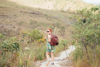 Uma Ana querendo dar uma de mochileira, haha