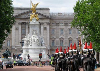 Palácio de Buckingham - madlyluv.com