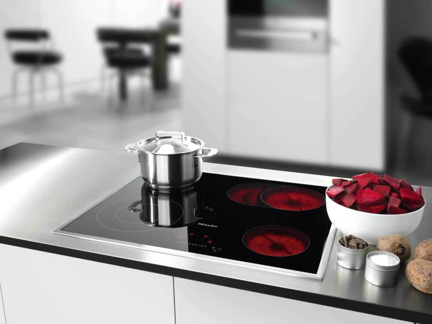 gas cerankochfeld elektro einbauherd backofen mit ceranfeld machen appetit auf mehr. Black Bedroom Furniture Sets. Home Design Ideas