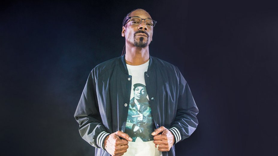Snoop Dogg Launches Perfect Streetwear Clothing Collection