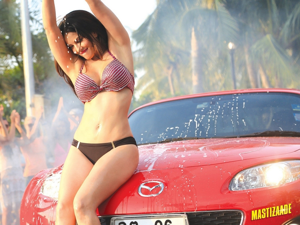 Cute Genelia D Souza Wallpapers Sunny Leone Hd Wallpapers Best 25 Collections