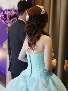 敬酒花圈,白紗造型,蘿亞禮服,晶宴婚宴會館,