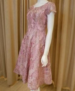 粉色,蕾絲,亮紗,A-line,短袖,短禮服,媽媽禮服,婆婆禮服,主婚人,台北媽媽禮服, ,媽媽裝禮服,媽媽宴客禮服,媽媽晚宴服,儀式,媒人婆,好命婆