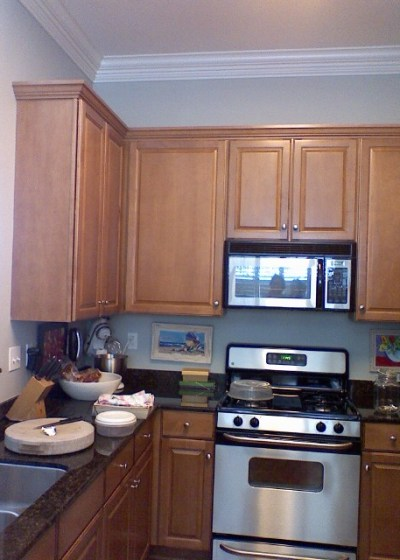 Kitchen remodel for 5 000 for Are white kitchen cabinets still in style