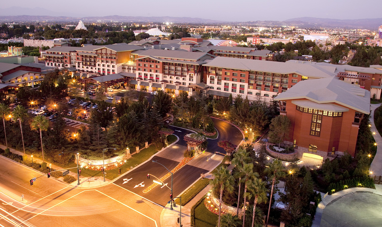 Disney 39 S Grand Californian Hotel Spa Magical Distractions