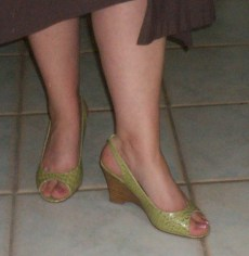 green-summer-shoes.jpg