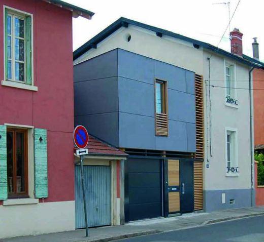 Lumena - maison contemporaine à toit plat - Modèle à étage partiel - facade de maison moderne