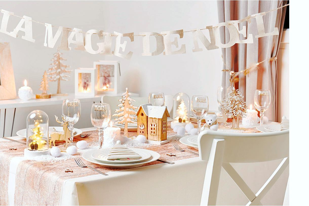 Modele De Decoration De Table De Noel Idée Déco Table De Noël 5 Styles à Adopter 2019 Maison Créative