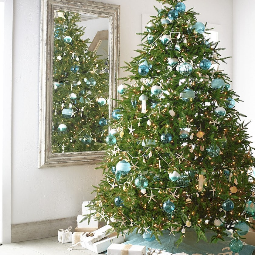 It\u0027s a Blue Christmas! 15+ Stunning Blue Christmas Decor Ideas