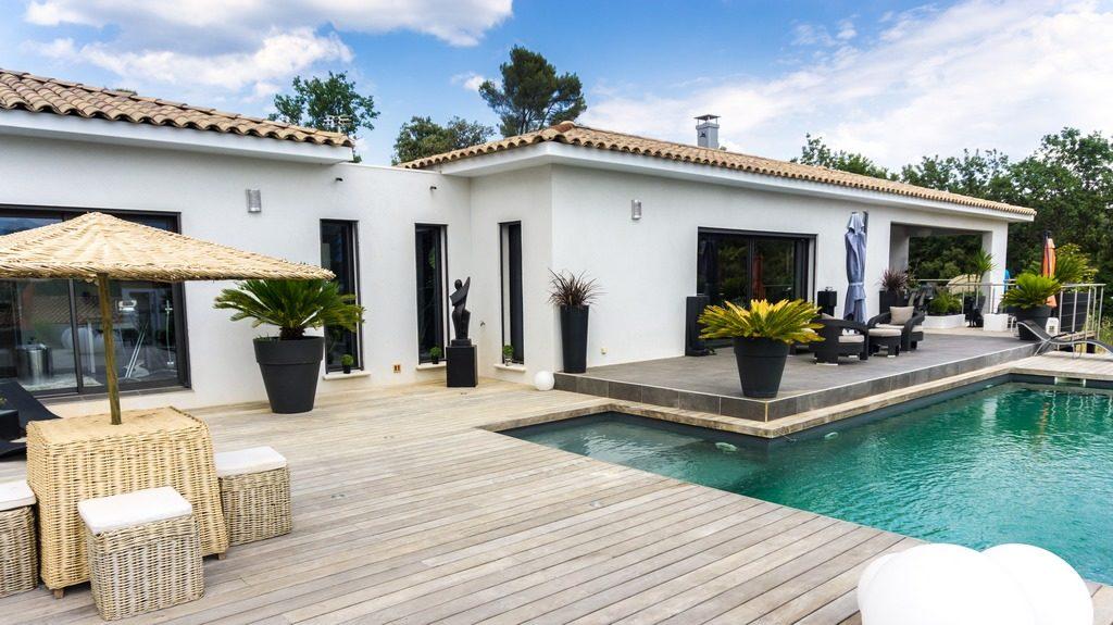 Constructeur de maisons de plain pied en Provence - Maisons Blanches - Photos De Maison Moderne