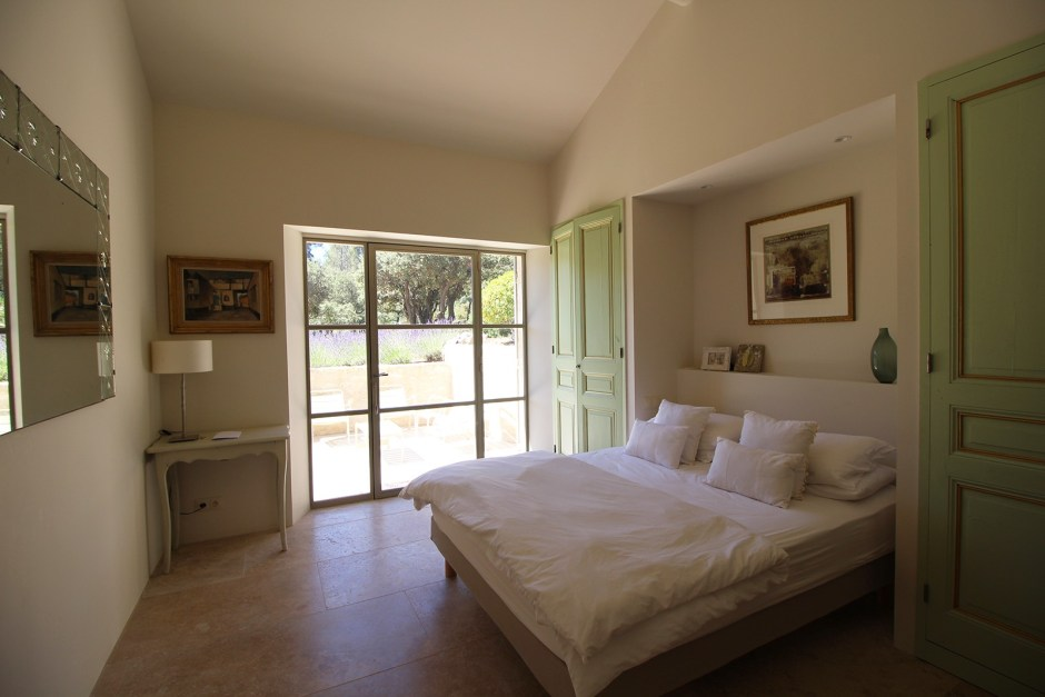 4 Bedrooms, Villa, Location, 4 Bathrooms, Listing ID 1139, EYGALIERES, France, 13810,